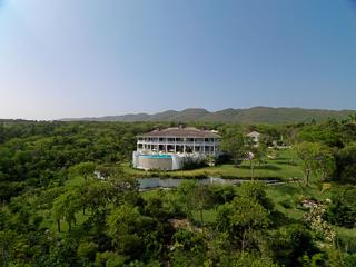 Flower Hill - Spring Farm, Montego Bay 6 bedrooms