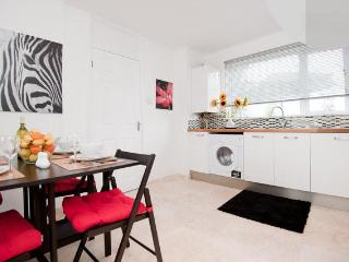 Stylish apartment - Best deal in north london, Londres