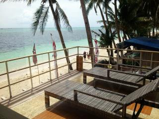 Absolute beachfront 2 & 1 BR Apts in Boracay!