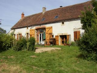 Farm in the heart of the French bocage bourbonnais