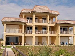 Oceanfront Seacrest 102--Luxury 1st Fl-Condo! Vilano Beach