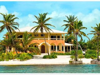 BEACH FRONT DESIGNER HOME with POOL, PRIVATE CHEF AVAILABLE