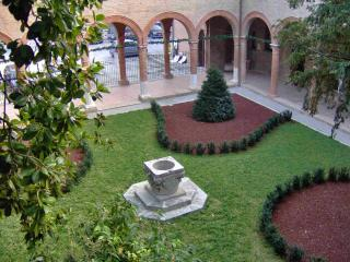 Quiet new apartment in Renaissance Palace -Ferrara