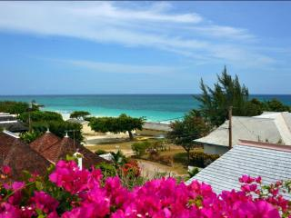 Sea view, close to the water, pampered vacation, Silver Sands