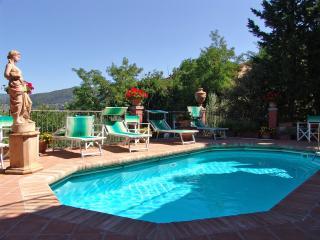 Tuscan Villa with a Private Pool in a Village - Casa Donnini