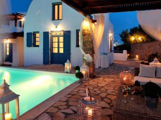 Greek Island Villa on Santorini  - Akrotiri Residence, Akrotiri