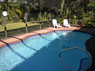 Villa Kerr  Cape Coral Yachtclub Area Poolhome