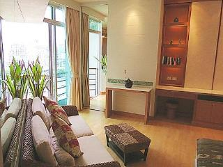 Exquisite studio apartment, scenic river view,WiFi, Bangkok