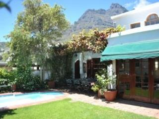 The Bayleaf Villa, Camps Bay
