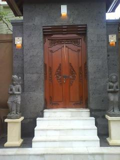 Main Entrace To Villa Johnpaul