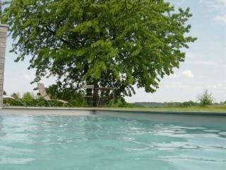 NOUS HOTES charming cottage, pool, panoramic view