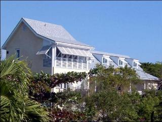 Stunning Home Overlooking the Beach, Harbour Island