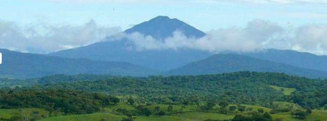 Volcano Tenorio - a park nearby