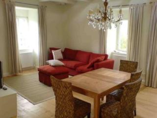 Vacation Apartment in Bamberg - 807 sqft, newly furnished, comfortable, relaxing (# 3013)