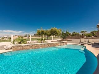 Vacation In Style - Golf Course Home - Pool/Spa, Ville de Lake Havasu