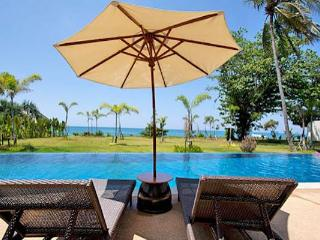 Luxury Apartment Right On The Beach, Ko Lanta