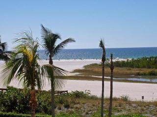 Marco Island South Seas Club Beachfront Beauty II