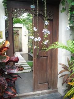 Anique front gate Villa Casa Bali