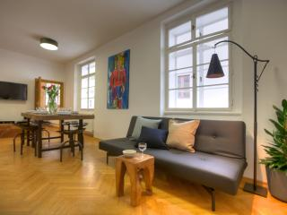 Three-Bedroom Downtown Apartment, Prague