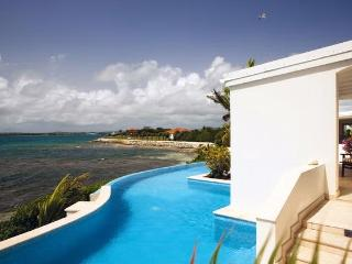 Sea Breeze at Jumby Bay, Antigua - Beachfront, Pool, Elegantly Designed And