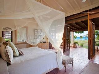 Allamanda at Jumby Bay, Antigua - Ocean View, Walk To Beach, Pool, Antigua y Barbuda