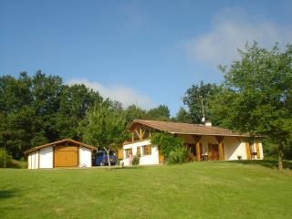 La Croisee Des Vents - Spacious Family home access, Cassen