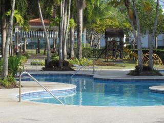 Great Deal! Deluxe Beach & Golf Villa