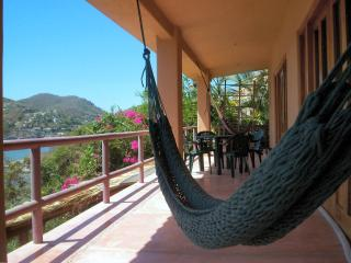 Zihuatanejo Playa Madera House w Incredible Views!