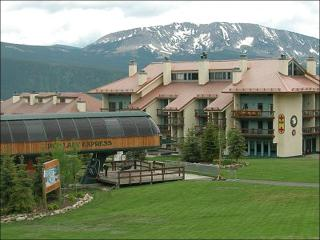 Affordably Priced Condominium - Comfortable Accommodations (1135), Crested Butte