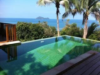 Beachside Private Villa on Koh Phangan (Ideal Location)