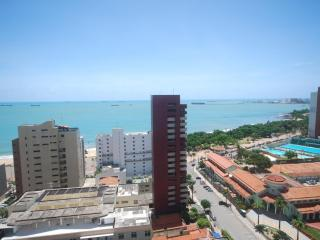 3 bedroom luxury penthouse apartment on Beira Mar