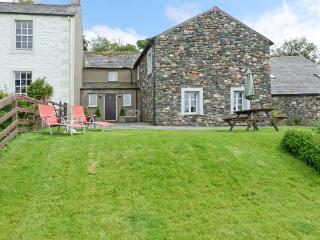 SKIDDAW, Grade II listed cottage, with wonderful views, shared games room and pl