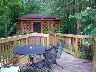Evergreen -3 Br 2 Ba - Near Rocky Top Sports World, Gatlinburg