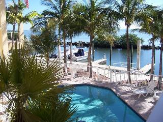 Fisherman's Paradise with a 30 Ft Boat Slip, Long Key