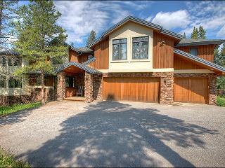 7300 Square Foot Luxury Home - Indoor Private Dry Sauna & Hot Tub (13129), Breckenridge