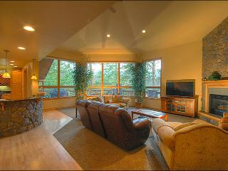 7300 Square Feet of Relaxation and Luxury