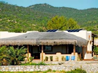 Casas del Amanecer - Charming Beach View Bungalow, Los Cabos