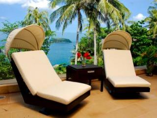 1st ROW Waterfront Luxury Villa With CHEF, Kata Beach