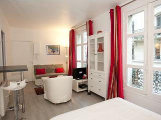 Apart for 2 people in the Latin Quarter by Weekome, Paris