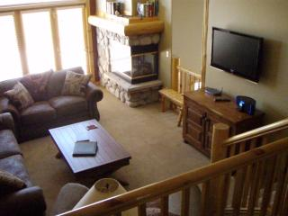 Beautiful Breckenridge Elk Ridge Town Home