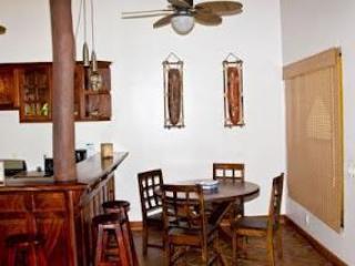 Mesa de comedor interior
