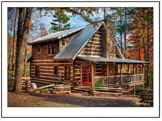 TRILLIUM LODGE Quiet Mtn Setting Close in To Town, Gatlinburg