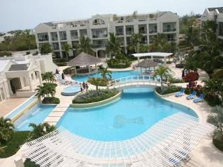 Charming studio condo at The Atrium Resort, Provo, Providenciales