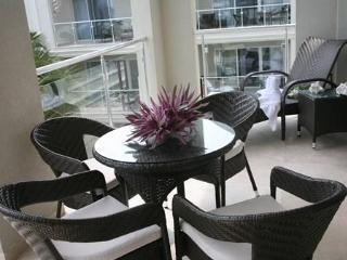 Luxury 2 BDRM penthouse, Atrium Resort