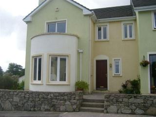 Holiday Home in town, beside Sea, Mountains, Lakes, Beaches and Golf course.