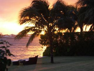 Seven Peaks Villa, Paradise Island