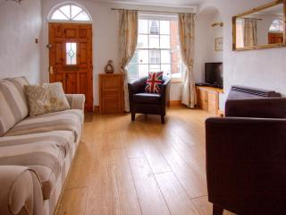 4 College Lane, Old Town, Stratford-Upon-Avon.  Beautifully renovated close to town. Free WI-Fi.