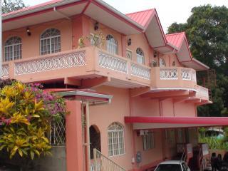 carolyns view guest house, Maraval