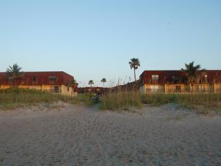 112 Cocoa Beach Club--Oceanfront--Near the Pier!