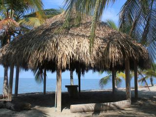 Estupendo Apartamento junto de condominios en la playa, Santa Marta